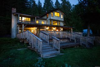 Photo 2: 969 Whaletown Rd in : Isl Cortes Island House for sale (Islands)  : MLS®# 871368