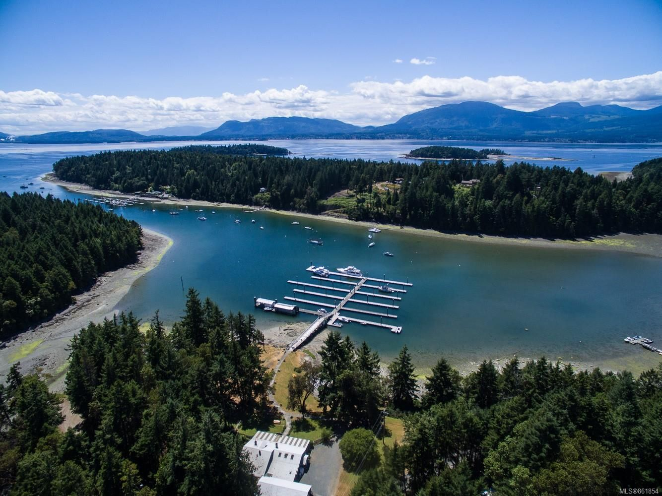 Main Photo: 76 Marina Dr in : Isl Thetis Island Other for sale (Islands)  : MLS®# 861854