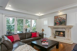 Photo 2: 4842 Vista Place in West Vancouver: Caulfield House for sale : MLS®# R2032436