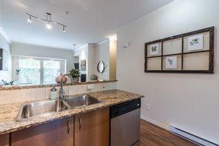 """Photo 13: 12 21535 88TH Avenue in Langley: Walnut Grove Townhouse for sale in """"Redwood Lane"""" : MLS®# R2586469"""