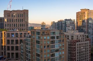 Photo 25: Exclusive! 1701-889 Homer Street in Vancouver: Downtown VW Condo for sale (Vancouver West)