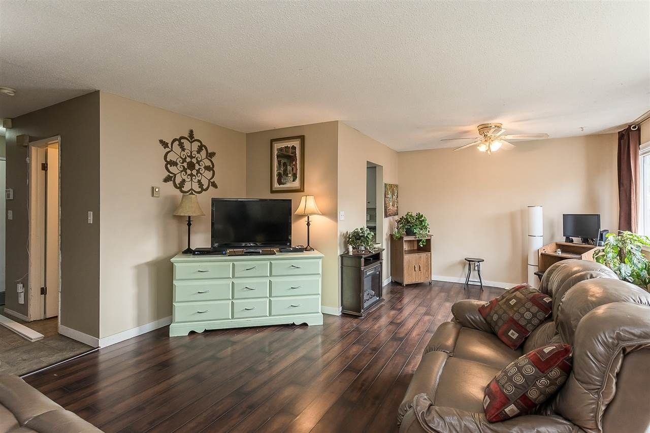 """Photo 17: Photos: 51 46689 FIRST Avenue in Chilliwack: Chilliwack E Young-Yale Townhouse for sale in """"Mount Baker Estates"""" : MLS®# R2552710"""