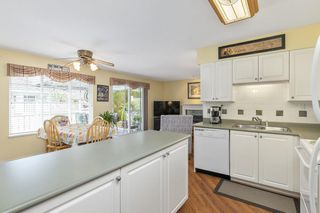 """Photo 9: 45 6885 184 Street in Surrey: Cloverdale BC Townhouse for sale in """"CREEKSIDE AT CLAYTON HILL"""" (Cloverdale)  : MLS®# R2572095"""