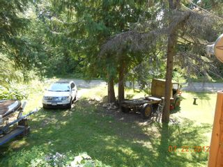 Photo 17: 7635 Mountain Drive in Anglemont: North Shuswap House for sale (Shuswap)  : MLS®# 10051750