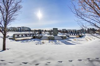 Photo 28: 10 Valour Circle SW in Calgary: Currie Barracks Row/Townhouse for sale : MLS®# A1069872