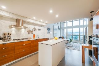 """Photo 2: 502 1529 W 6TH Avenue in Vancouver: False Creek Condo for sale in """"South Granville Lofts"""" (Vancouver West)  : MLS®# R2518906"""