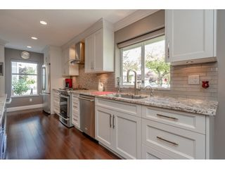 """Photo 7: 12007 S BOUNDARY Drive in Surrey: Panorama Ridge Townhouse for sale in """"Southlake Townhomes"""" : MLS®# R2465331"""