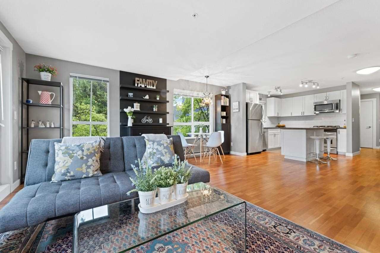 """Main Photo: 6 2780 ALMA Street in Vancouver: Kitsilano Townhouse for sale in """"Twenty on the Park"""" (Vancouver West)  : MLS®# R2575885"""