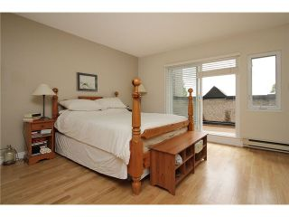 Photo 2: 2304 VINE ST in Vancouver: Kitsilano Townhouse for sale (Vancouver West)  : MLS®# V894432