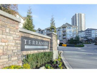 """Photo 2: 60 9088 HALSTON Court in Burnaby: Government Road Townhouse for sale in """"TERRAMOR"""" (Burnaby North)  : MLS®# V1086003"""