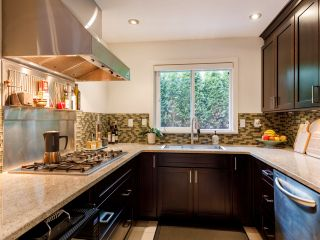 Photo 13: 1367 W Walnut Street in Vancouver: Kitsilano Townhouse for sale (Vancouver West)  : MLS®# 2507125
