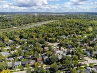 Photo 4: 136 Buxton Road in Winnipeg: East Fort Garry Residential for sale (1J)  : MLS®# 202122624