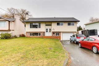 Photo 1: 9262 JAMES Street in Chilliwack: Chilliwack E Young-Yale House for sale : MLS®# R2539829