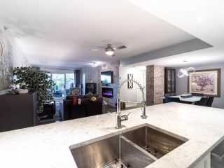 """Photo 13: 211 2665 W BROADWAY in Vancouver: Kitsilano Condo for sale in """"MAGUIRE BUILDING"""" (Vancouver West)  : MLS®# R2550864"""