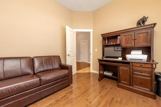 Photo 4: 32 Evergreen Row SW in Calgary: Evergreen Detached for sale : MLS®# A1062897