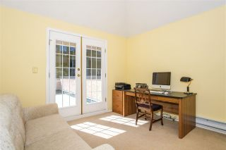 Photo 13: 6357 CHATHAM Street in West Vancouver: Horseshoe Bay WV 1/2 Duplex for sale : MLS®# R2357117