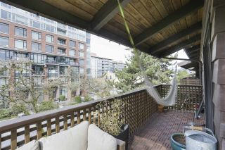 """Photo 13: 304 330 E 7TH Avenue in Vancouver: Mount Pleasant VE Condo for sale in """"Landmark Belevedere"""" (Vancouver East)  : MLS®# R2446151"""