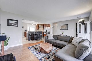 Photo 4: 4520 Namaka Crescent NW in Calgary: North Haven Detached for sale : MLS®# A1147081