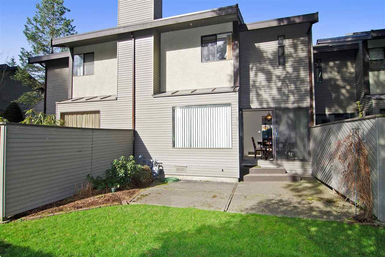 "Photo 16: Photos: 4709 GLENWOOD Avenue in North Vancouver: Canyon Heights NV Townhouse for sale in ""Montroyal Village"" : MLS®# R2039436"