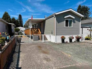 """Photo 1: 113 6338 VEDDER Road in Chilliwack: Sardis East Vedder Rd Manufactured Home for sale in """"MAPLE MEADOWS"""" (Sardis)  : MLS®# R2604784"""