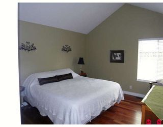 Photo 7: 13485 62ND Avenue in Surrey: Panorama Ridge House for sale : MLS®# F2910324