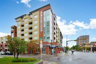 Photo 2: 708 1110 3 Avenue NW in Calgary: Hillhurst Apartment for sale : MLS®# A1153932