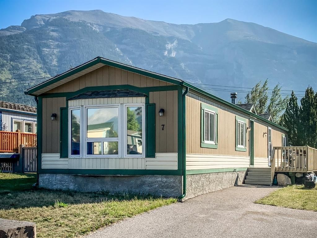 Main Photo: 7 Grotto Way: Canmore Detached for sale : MLS®# A1146462