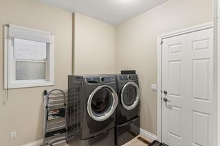 Photo 4: 29 Sherwood Terrace NW in Calgary: Sherwood Detached for sale : MLS®# A1109905