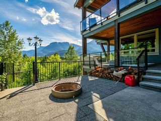 "Photo 35: 41155 ROCKRIDGE Place in Squamish: Tantalus House for sale in ""Rockridge"" : MLS®# R2594367"