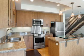 Photo 3: MISSION HILLS Condo for sale : 2 bedrooms : 3980 9th Ave. #206 in San Diego
