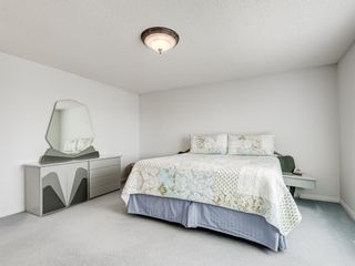 Photo 25: 54 Signature Close SW in Calgary: Signal Hill Detached for sale : MLS®# A1124573