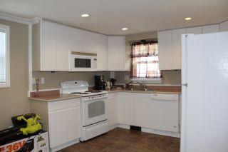 Photo 3: 60 65367 KAWKAWA LAKE Road in Hope: Hope Kawkawa Lake Manufactured Home for sale : MLS®# R2155774