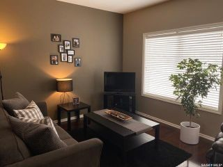 Photo 4: 332 Willowgrove Lane in Saskatoon: Willowgrove Residential for sale : MLS®# SK842155