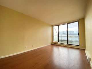 "Photo 11: 1301 8180 GRANVILLE Avenue in Richmond: Brighouse South Condo for sale in ""The Duchess"" : MLS®# R2547509"