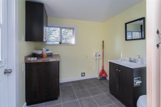 """Photo 16: 32 20071 24 Avenue in Langley: Brookswood Langley Manufactured Home for sale in """"Fernridge Estates"""" : MLS®# R2438182"""