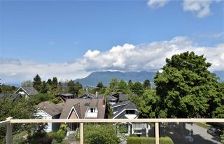 Photo 2: 4402 W 9TH Avenue in Vancouver: Point Grey House for sale (Vancouver West)  : MLS®# R2583845