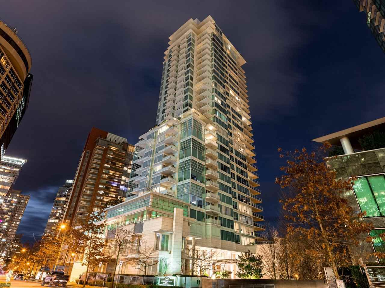 Main Photo: 902 1139 W CORDOVA Street in Vancouver: Coal Harbour Condo for sale (Vancouver West)  : MLS®# R2542938