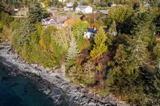 Photo 11: 8233 West Coast Rd in Sooke: Sk West Coast Rd House for sale : MLS®# 887298