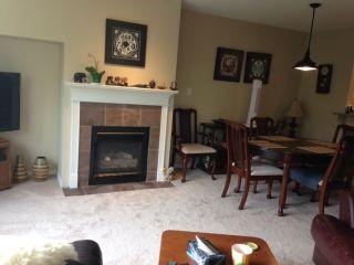 Photo 2: 302 5855 COWRIE Street in Sechelt: Sechelt District Condo for sale (Sunshine Coast)  : MLS®# R2196290