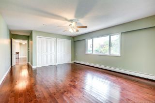 Photo 14: 7680 SUNNYHOLME Crescent in Richmond: Broadmoor House for sale : MLS®# R2505619