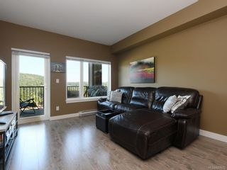 Photo 2: 305 286 Wilfert Rd in View Royal: VR Six Mile Condo for sale : MLS®# 821972