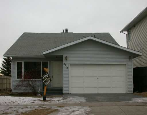 Main Photo:  in CALGARY: Vista Heights Residential Detached Single Family for sale (Calgary)  : MLS®# C3110957