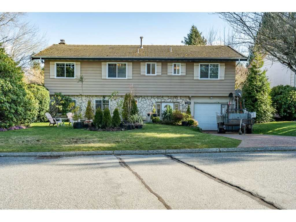 Main Photo: 15708 BROOME Road in Surrey: King George Corridor House for sale (South Surrey White Rock)  : MLS®# R2543944