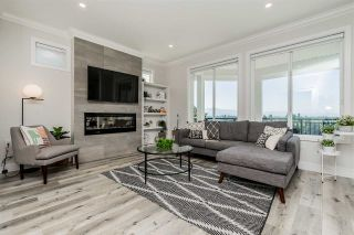 """Photo 1: 15 31548 UPPER MACLURE Road in Abbotsford: Abbotsford West Townhouse for sale in """"Maclure Point"""" : MLS®# R2492261"""