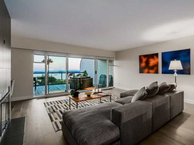 Main Photo: 111 2274 Folkestone Way in : Panorama Village Condo for sale (West Vancouver)  : MLS®# V1134389