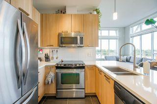 Photo 6: 407 10477 154 Street in Surrey: Guildford Condo for sale (North Surrey)  : MLS®# R2525651