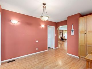Photo 4: 4201 Victoria Ave in : Na Uplands House for sale (Nanaimo)  : MLS®# 869463