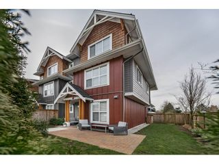 "Photo 1: 10 2150 SALISBURY Avenue in Port Coquitlam: Glenwood PQ Townhouse for sale in ""SALISBURY WALK"" : MLS®# R2448565"