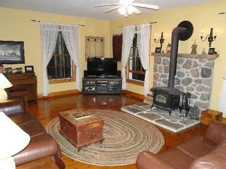 Photo 6: 207 Farms Road in Kawartha Lakes: Woodville House (2-Storey) for sale : MLS®# X2807096