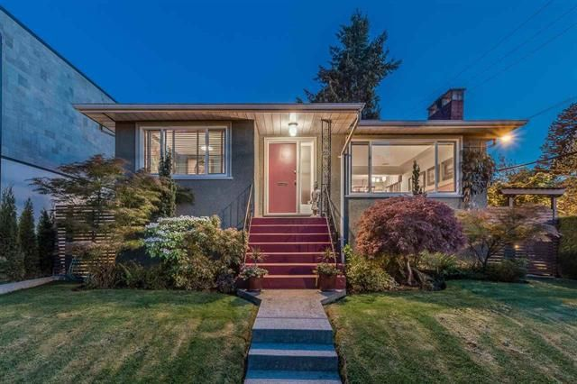 Main Photo: 2008 East 19th Avenue in Vancouver: Grandview Woodland House for sale (Vancouver East)  : MLS®# R2582080